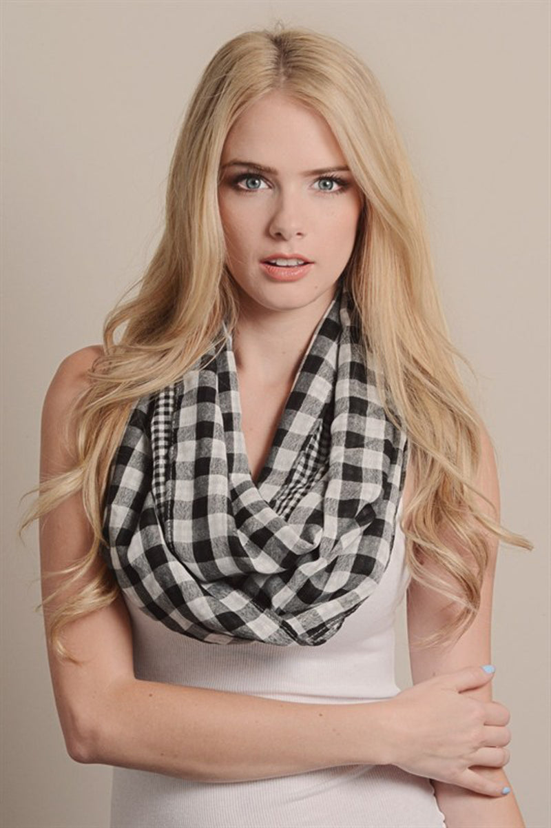 Double Sided Checkered Infinity Scarf-Black