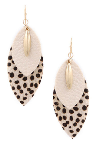 Cream Pearl Open Earrings-Cream