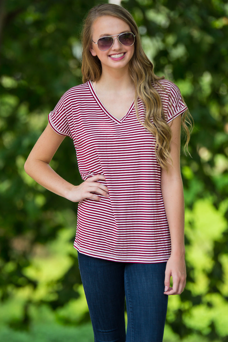 The Perfect Piko Rolled Short Sleeve Tiny Stripe V-Neck Top-Cardinal/White