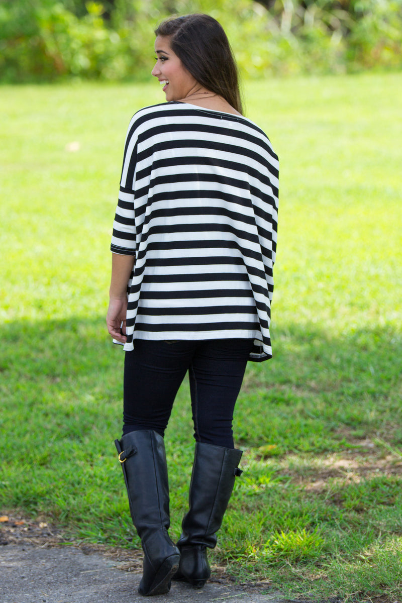 The Perfect Piko 3/4 Top-Black/White