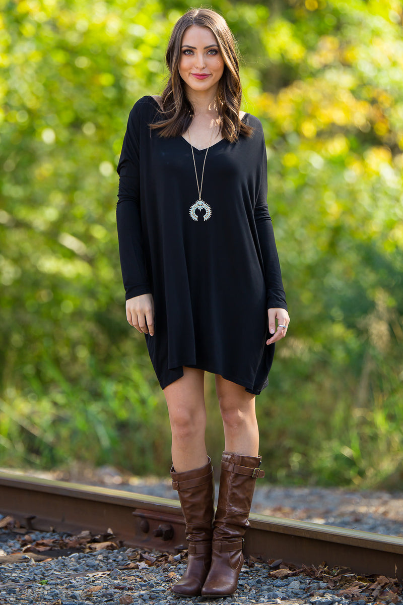 The Perfect Piko V-Neck Tunic Top-Black