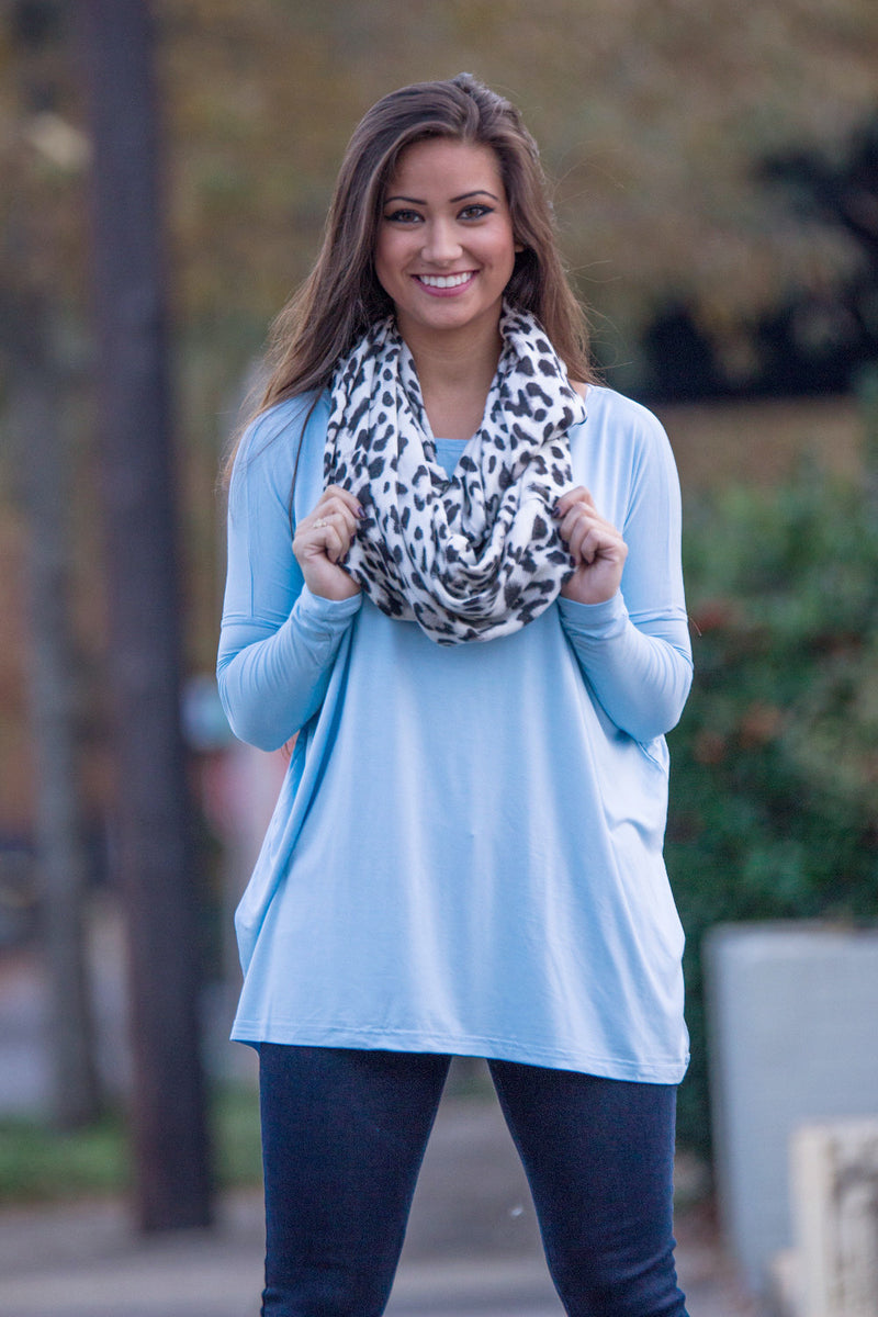 The Perfect Piko Top-Light Blue