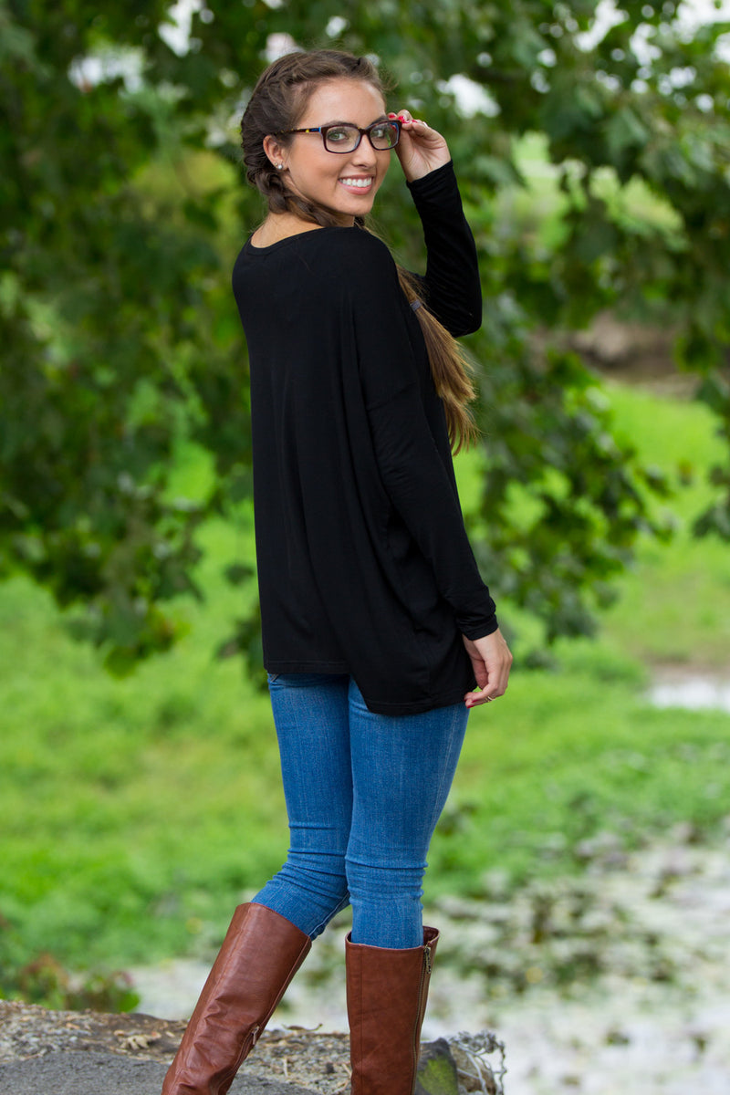 The Perfect Piko Top-Black