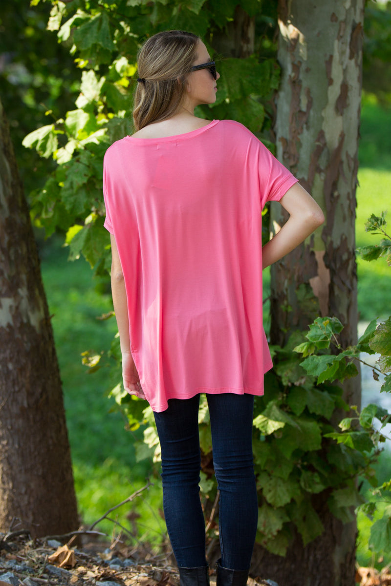 The Perfect Piko Short Sleeve V-Neck Tunic-Pink