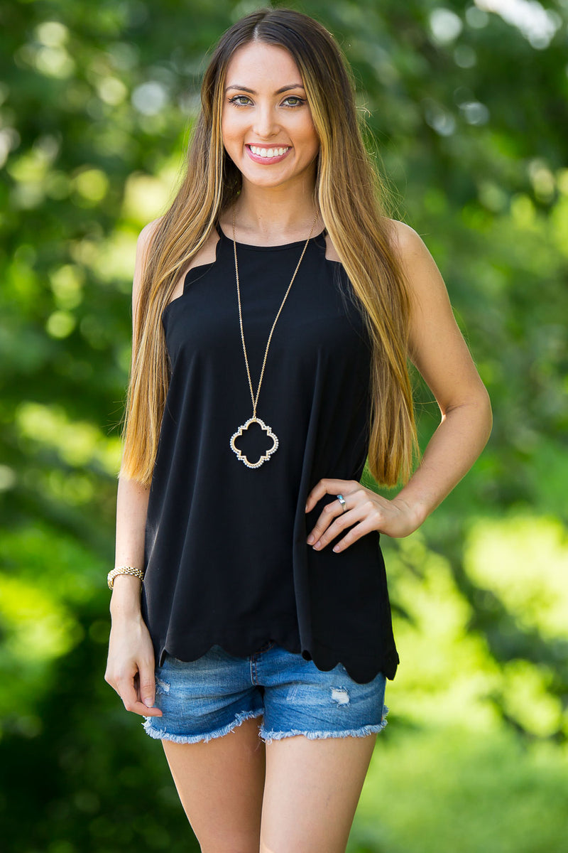 Scallop Away Top-Black