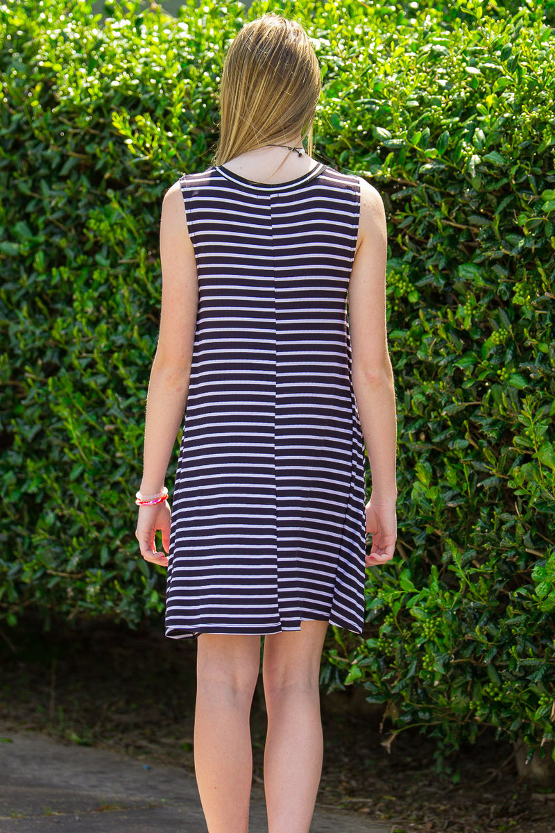 The Perfect Piko Trapeze Dress-Black/White