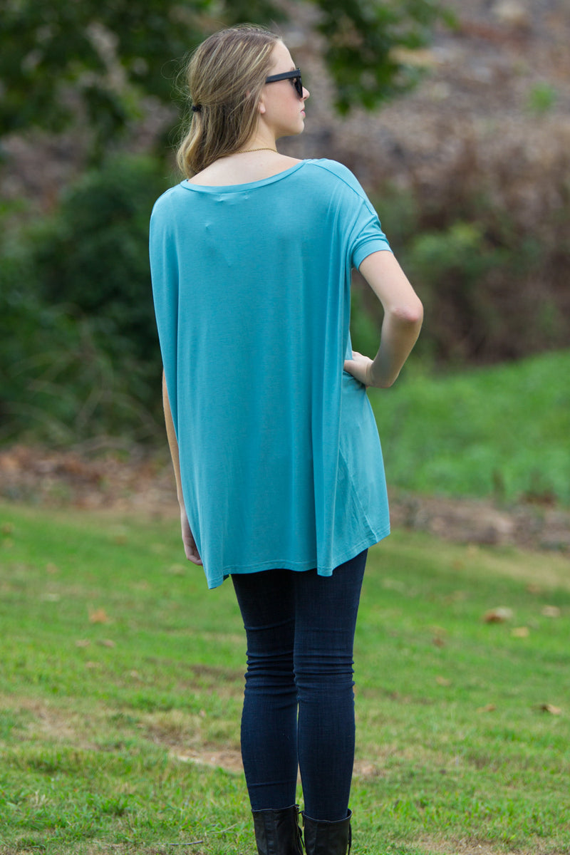The Perfect Piko Short Sleeve V-Neck Tunic-Light Teal