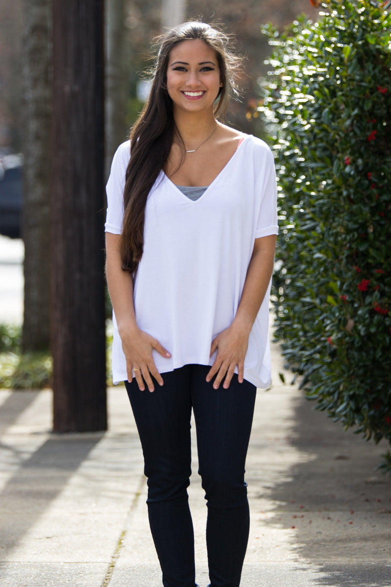 The Perfect Piko V-Neck Short Sleeve Top-White