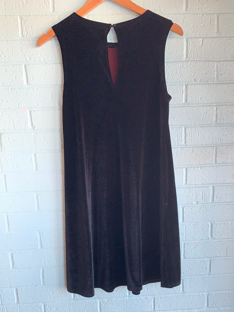 SALE-The Perfect Piko Velvet Sleeveless Swing Dress-Black