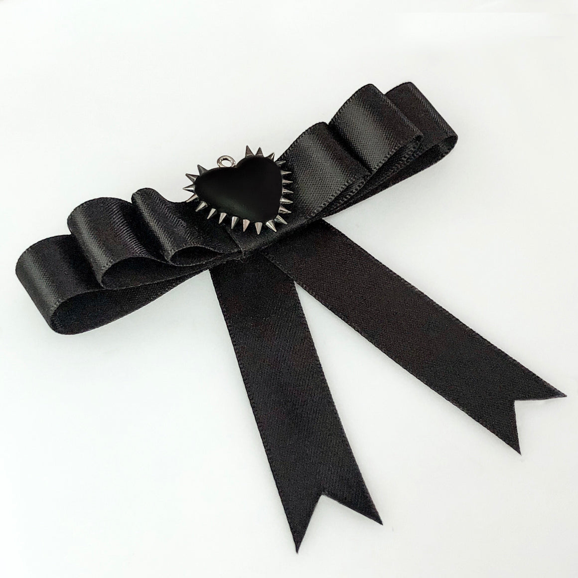 Micro Spiked Heart Bow