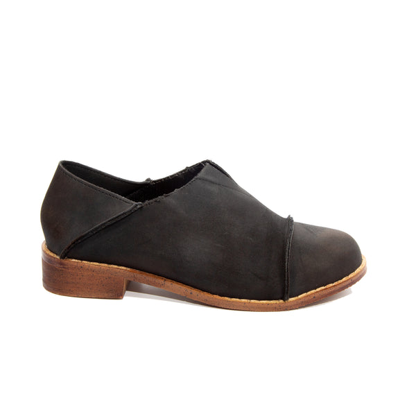 Diva by Dolce Nome | Slip-On Oxford Loafers in Black (side view)