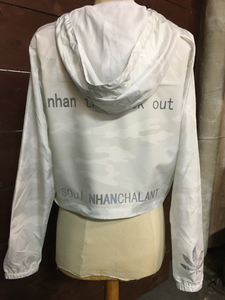 NHANPHARM - Womxn's Lightweight Crop Windbreaker - White Camo