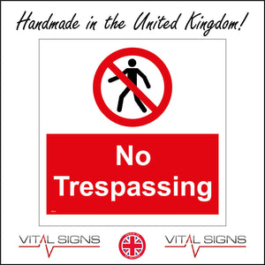 PR343 No Trespassing Sign with Circle Person Diagonal Line