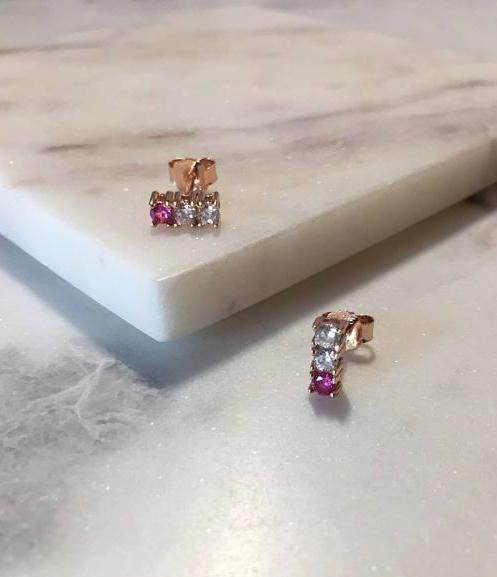 BAR STUD EARRINGS - ROSE GOLD
