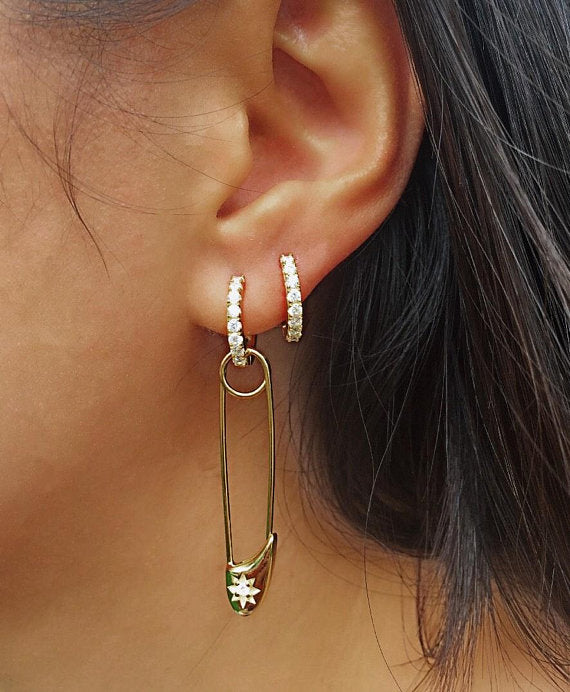 SAFETY PIN HOOP EARRINGS - GOLD - Fala Jewelry