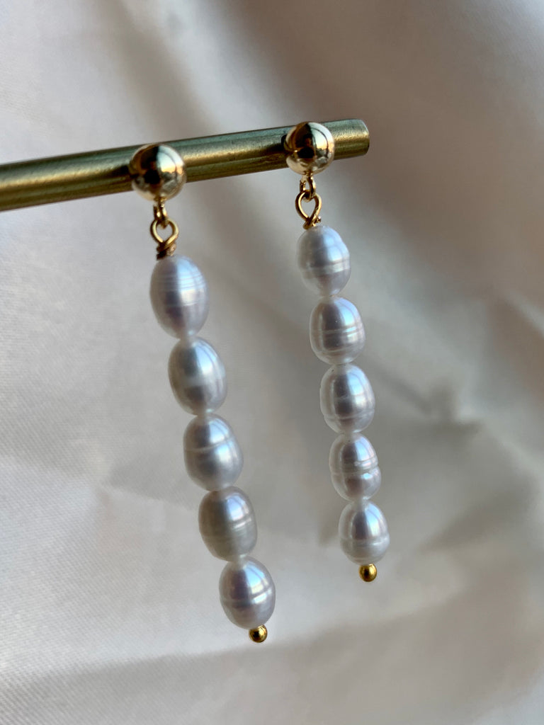 Long Pearl Earring - Gold