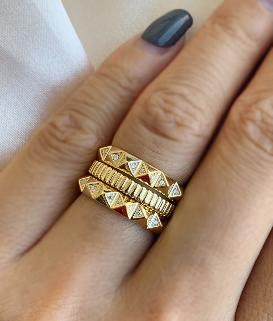 Pyramid Ring - Gold