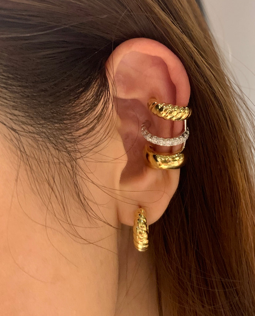 CROISSANT HOOP EARRINGS