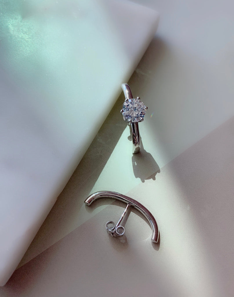UNEVEN BAR EARRINGS - SILVER