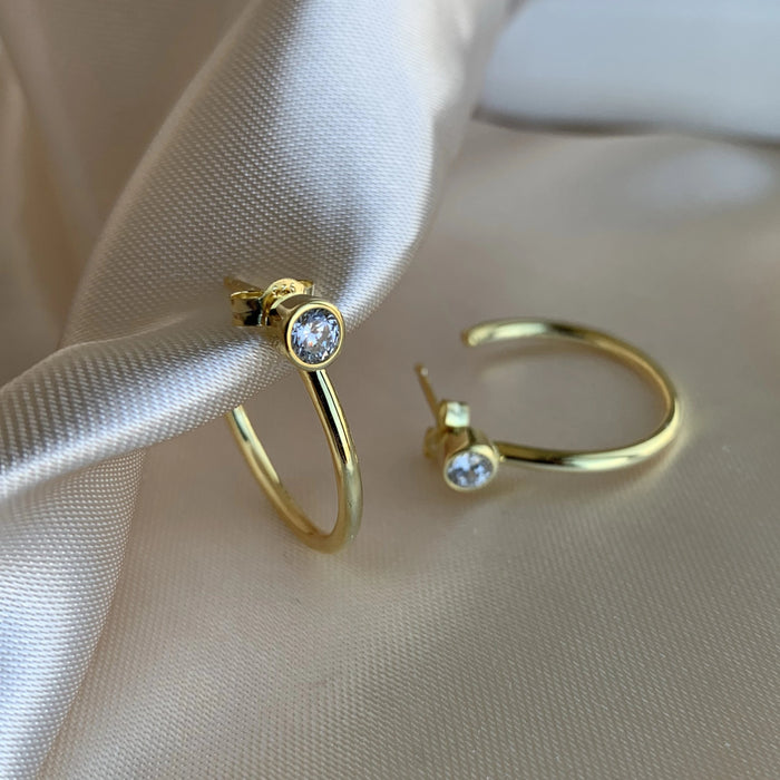 STUD HOOP EARRINGS - GOLD