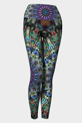 artisan made yoga tights in recycled materials and comfort design
