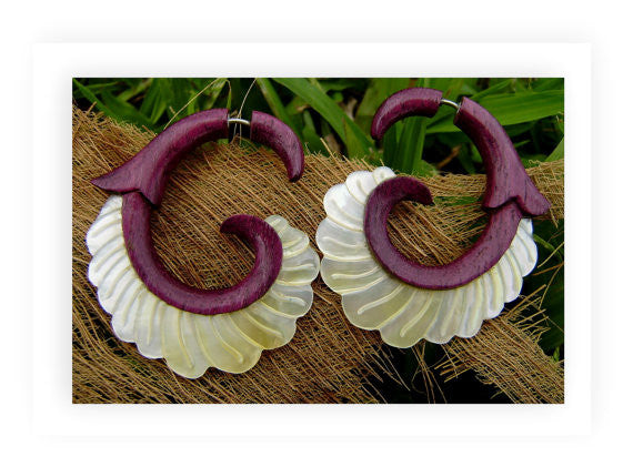 beautiful hawaiian tribal style koru purple wood earrings