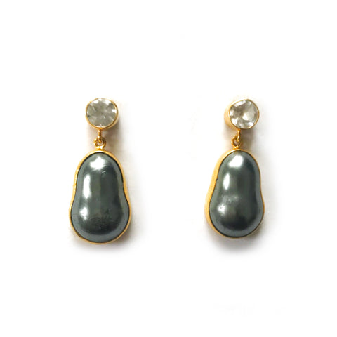 2 Drop Earrings ( M-size)  : Topaz × Pearl