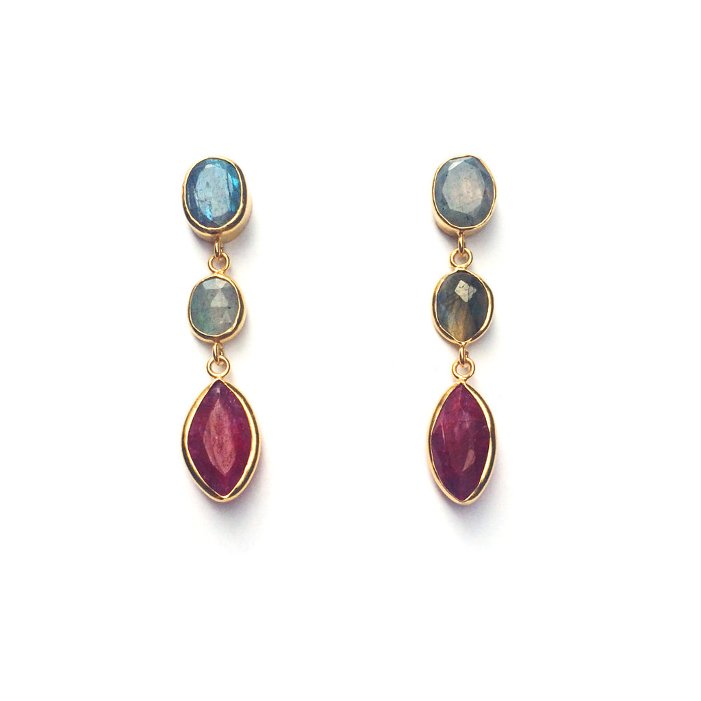3 Drop Earrings : Labradorite x Ruby