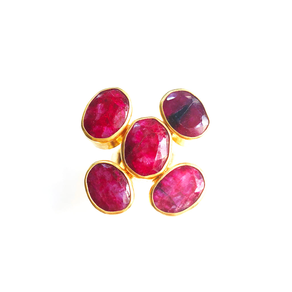 Flower Ring : Ruby