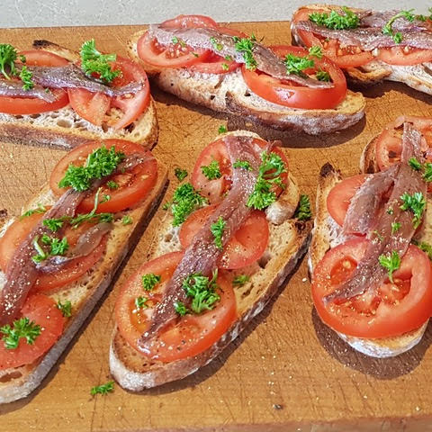 Anchovies with Sourdough and Tomato