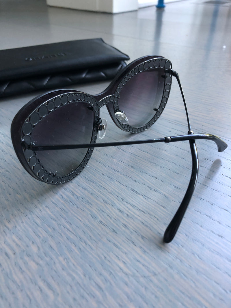 Chanel 2018 Pearl Sunglasses