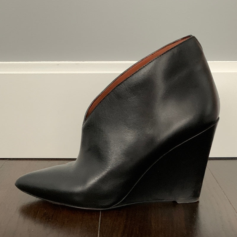 Marc Jacobs Wedge Dress Booties