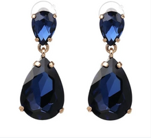 Load image into Gallery viewer, Dangle Drop Crystal Earrings
