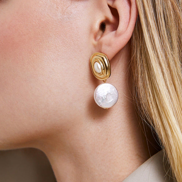 Round Pearl Drop Earring