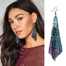 Load image into Gallery viewer, Holographic Chainmail Earring