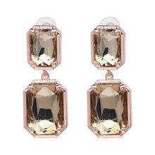 Load image into Gallery viewer, Classict Earrings
