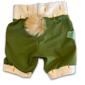 6-9YR Carrots Applique Pom Pom Shorts