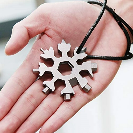 18-in-1 multifunctional compact portable household snowflake shaped tool card