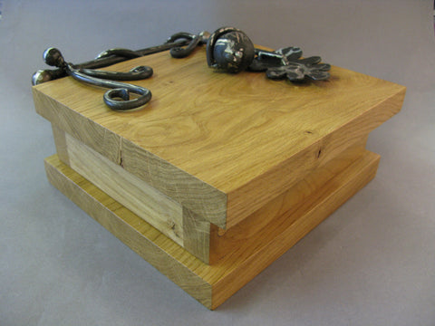 Oakleaf Keepsake Box