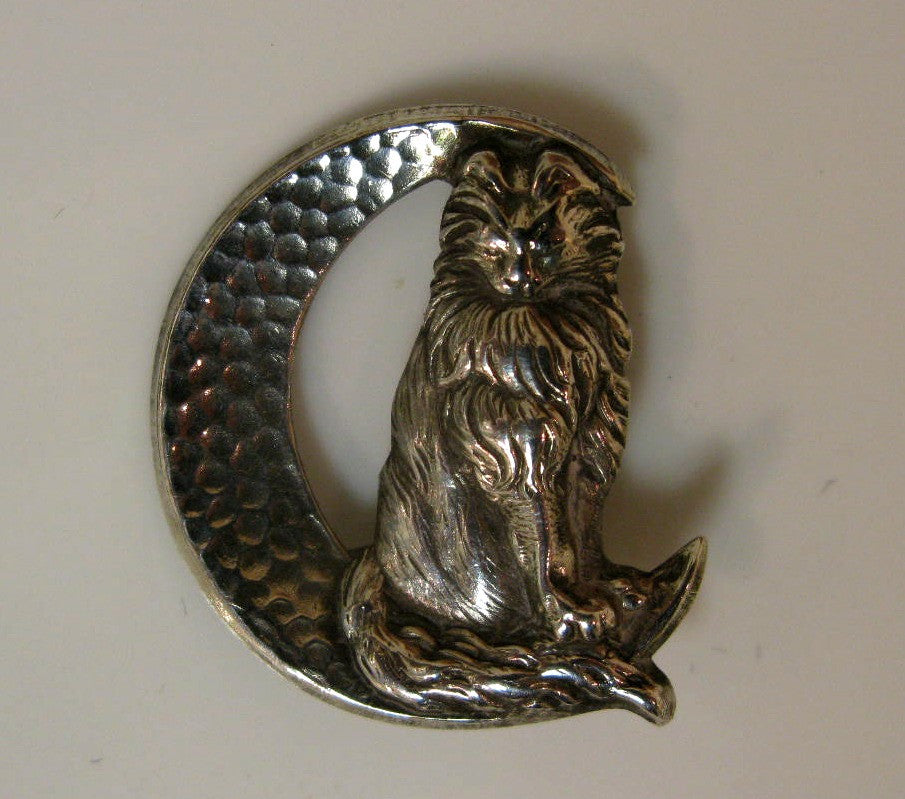 Cat on Moon Brooch by Jess Lelong