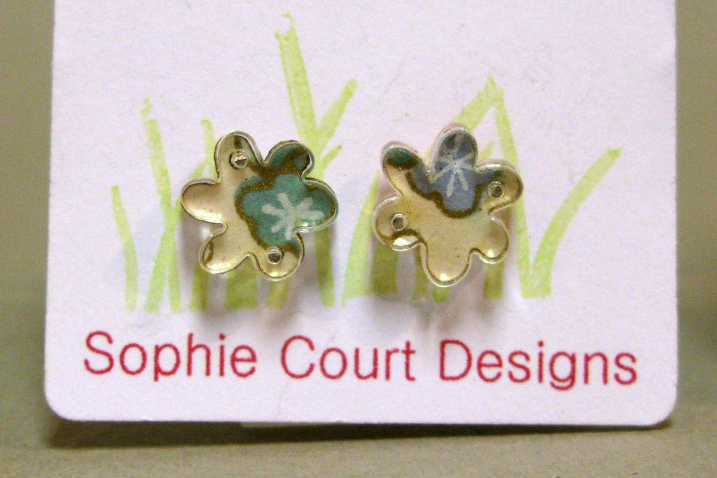 Flower Design Stud Earrings