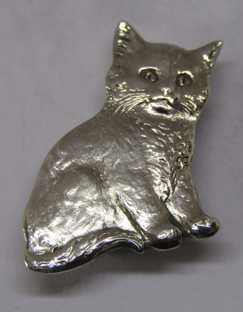 Sitting Kitten Brooch by Jess Lelong