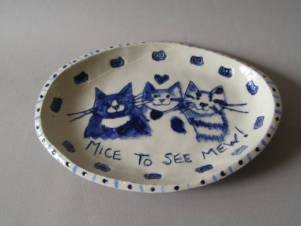 Cat Platter hand-sculpted by Emily Stracey