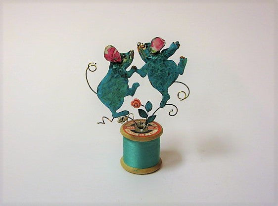 Dancing Mice on a Cotton-Reel, Assemblage by Linda Lovatt