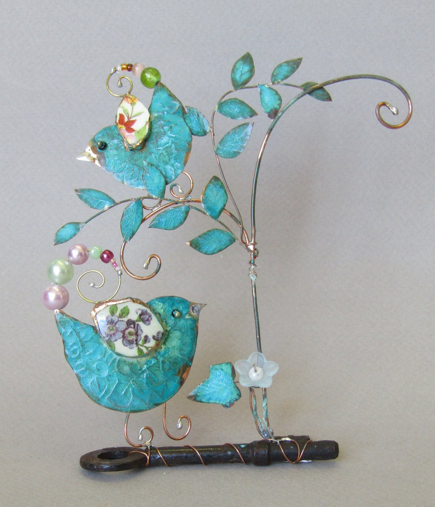 Medium Assemblage of Birdie and Chick on a Key by Linda Lovatt