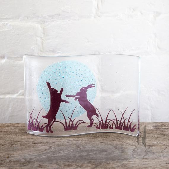 Boxing Hares Wave, Becky Haywood