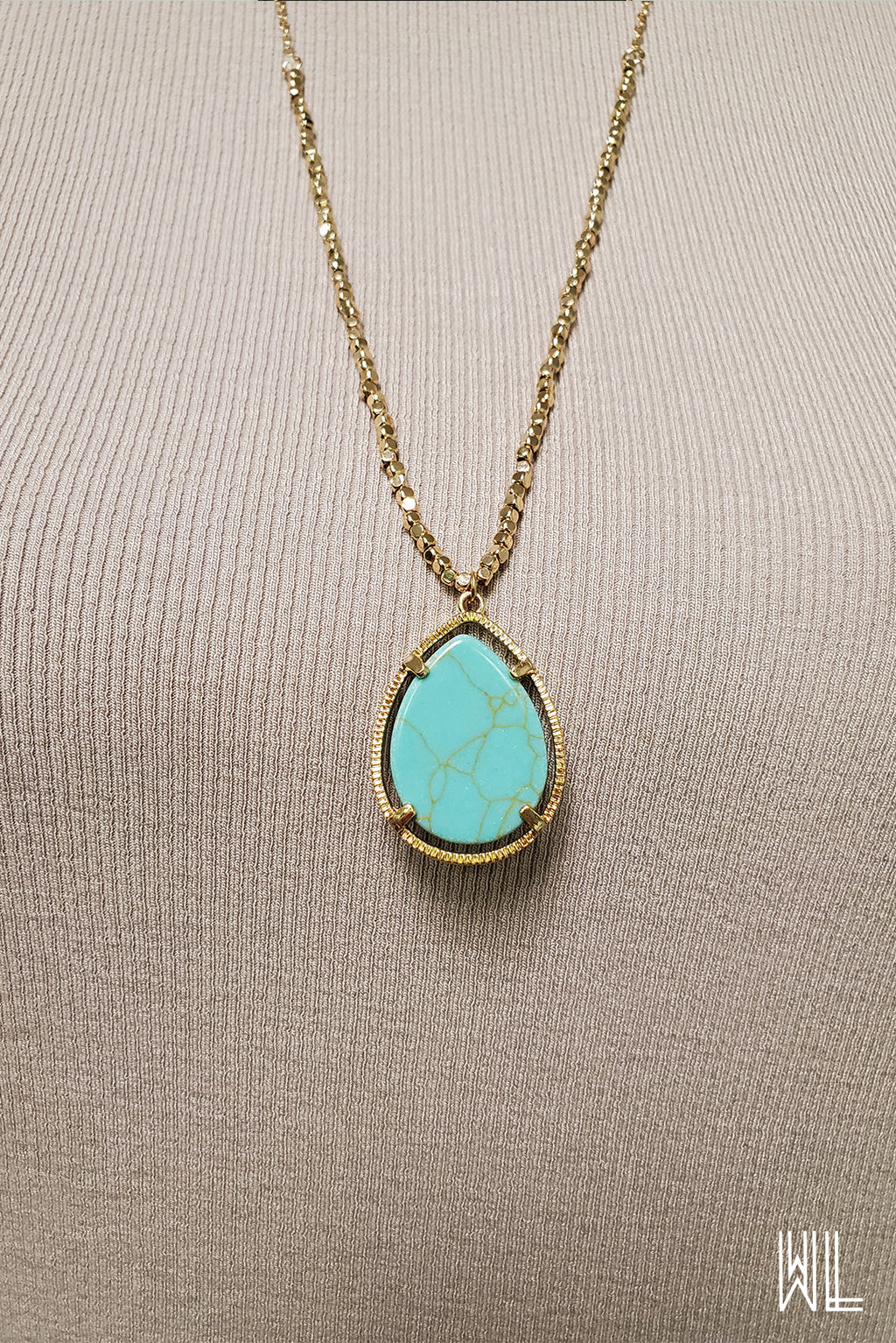 Teardrop Stone Pendant Necklace