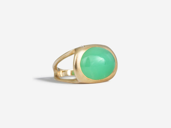 Shaesby Cabochon Ring with Diamond