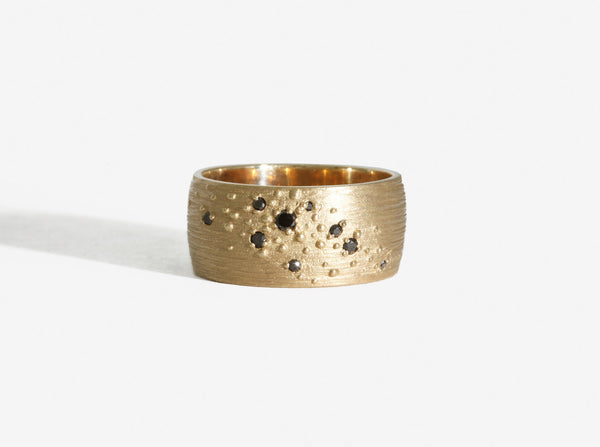 Shaesby 14k Wide Isla Band