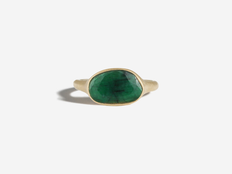 14k East to West Emerald Ring